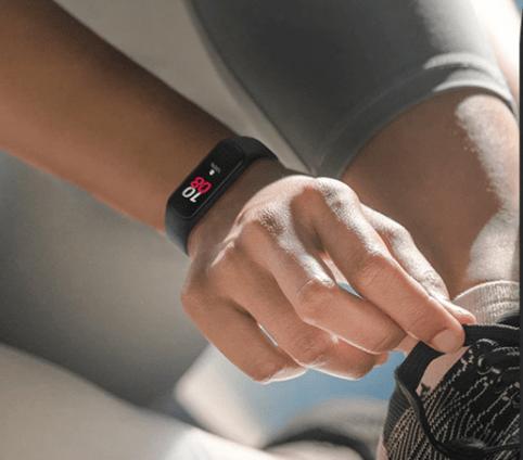 fitness tracker under $100