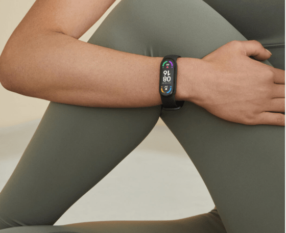 mi band 6 vs fitbit charge 2