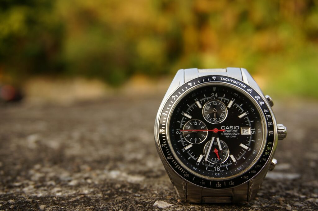 What Causes Watches to Stop to Function?