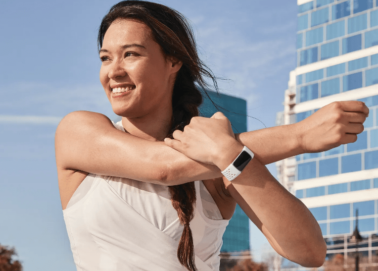 Fitbit Charge 5 VS Xiaomi Band 6