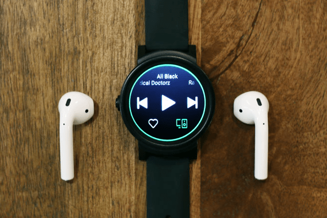 Can a Smartwatch Play Music Without a Phone?