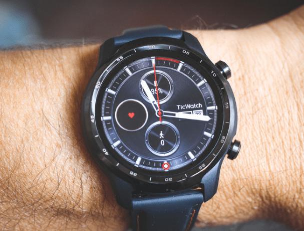 ticwatch pro 3gps vs fossil gen 6